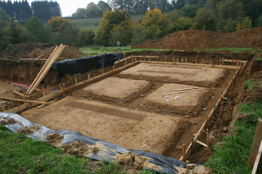 L excavation